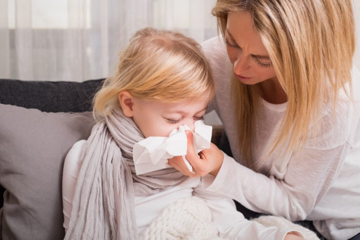 Köhögés, nehézlégzés, orrfolyás, nátha vagy arcüreggyulladás